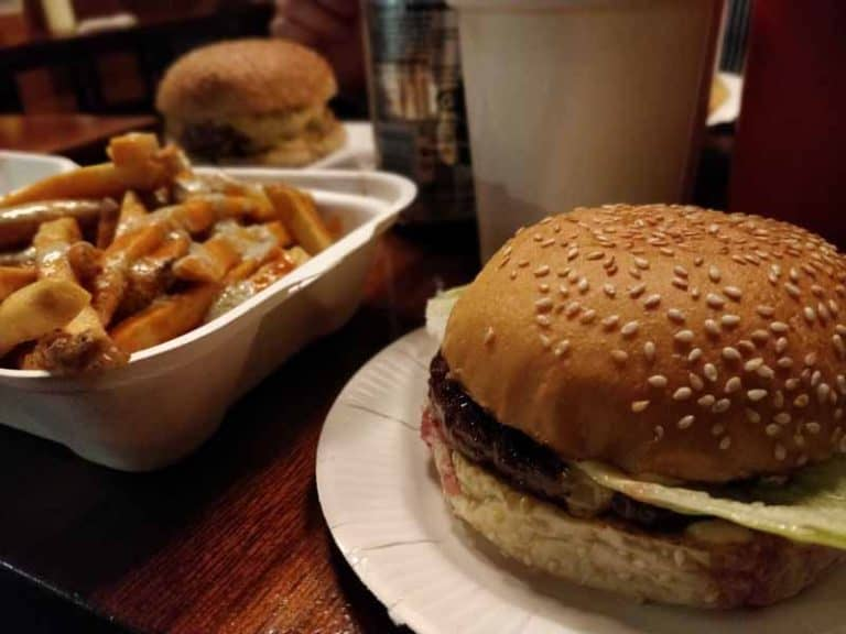bleecker-burger-victoria