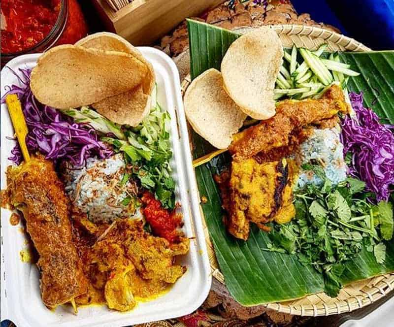 nasi-kerabu-malaysian-food