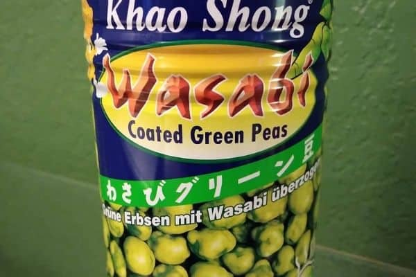 Wasabi green peas in a can