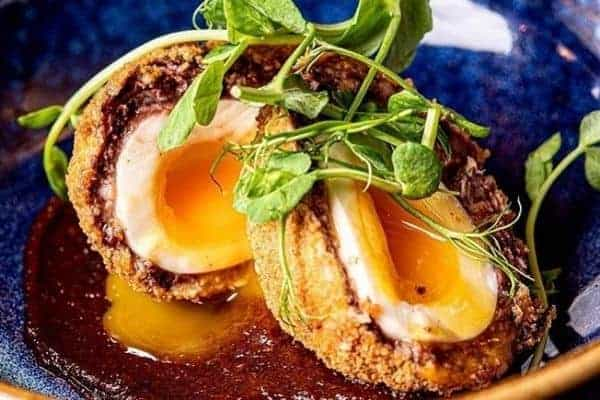 Scotch Eggs with sauce