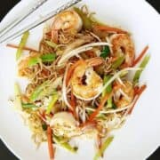 Make Shrimp Chow Mein (Cantonese Style) In Less Than 20 Minutes