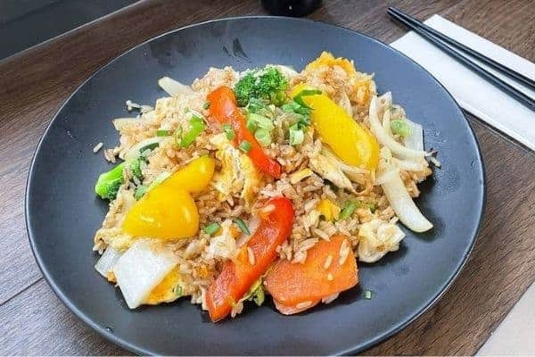 Vegetarian Fried Rice with Bell Peppers