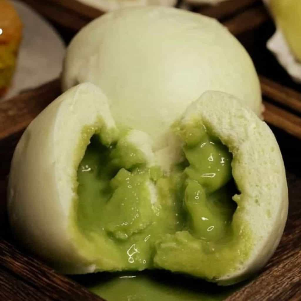 Steamed Bun with Green Tea Filling