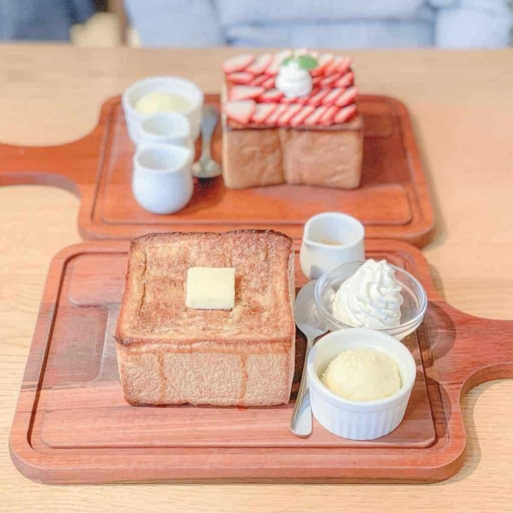 Basic harajuku toast box in jam cafe in Tokyo