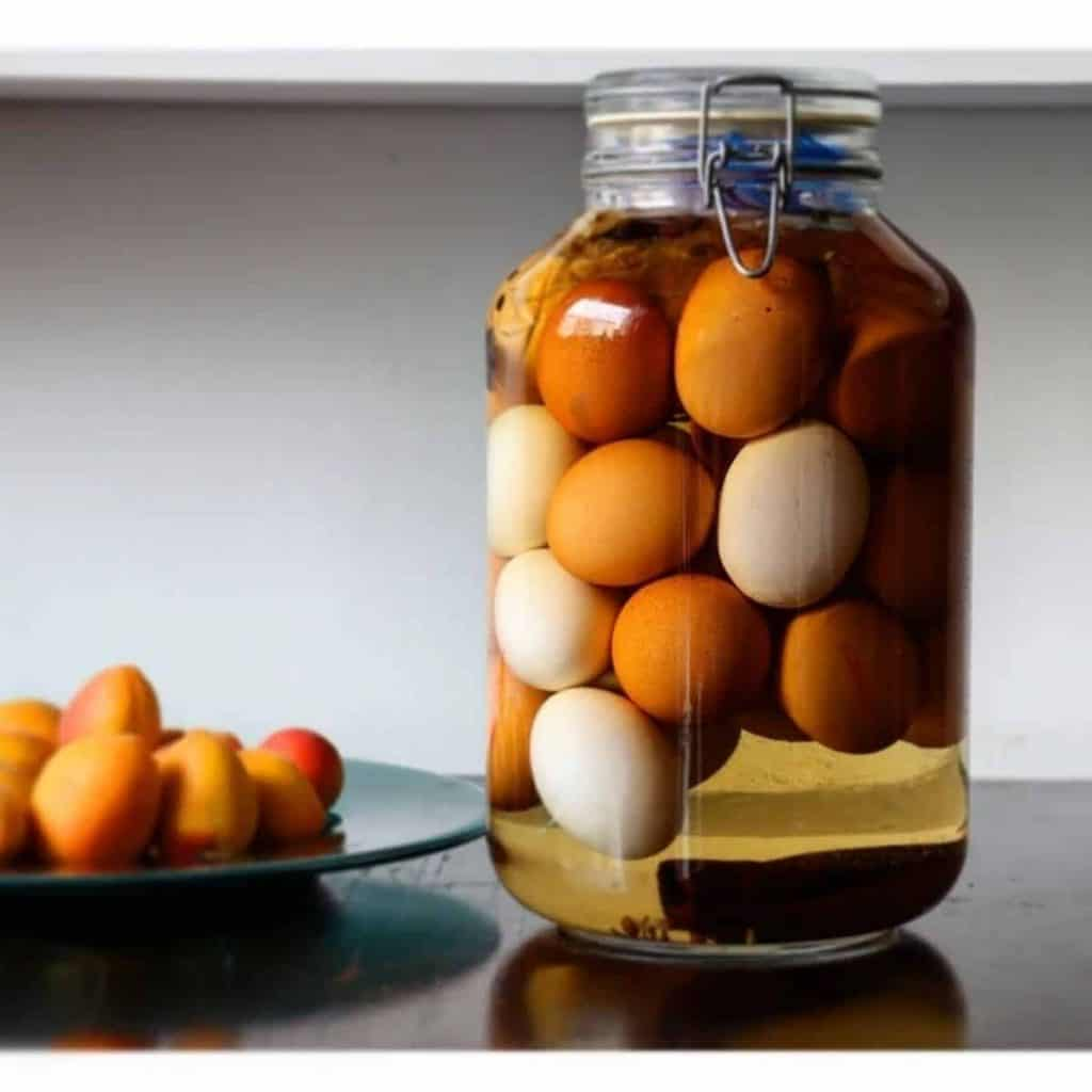 Brining duck eggs
