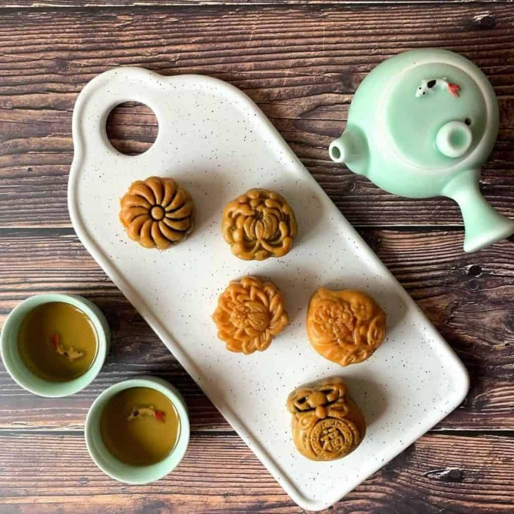 Cantonese sweet treats during mid-autumn festival served with tea