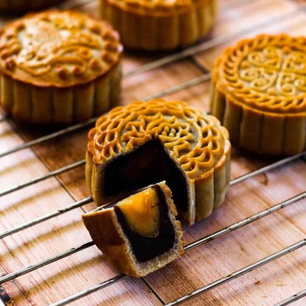 Yue Bing Sweet Cake for Mid-Autumn Festival