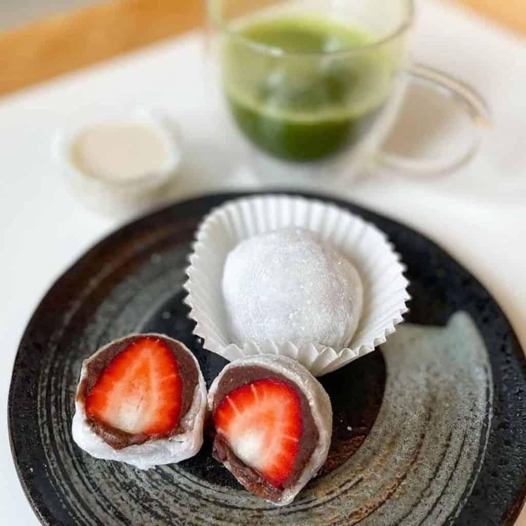 Ichigo rice cake dessert paired with matcha latte